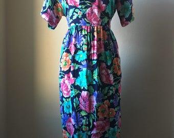 Vintage Diane Von Furstenberg The Color Authority Dress Floral Tie Back Size S