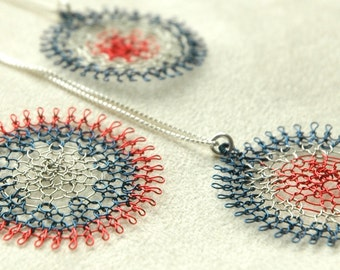 Memorial day - Blue Red White pendant necklace july 4th jewelry knitted pendant metal  flower necklace wire crochet jewley
