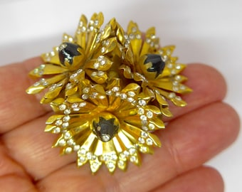 Vintage Art Deco Gilt Flower Paste Rhinestone Fur / Dress Clip
