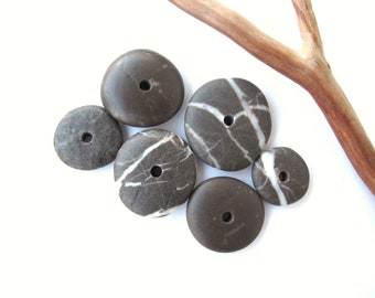 Rock Donut Beads Drilled Stone Spacers Beach Stone Beads Mediterranean Natural Stone Beads Diy Jewelry Pairs STRIPED DARK WHEELS 15-23 mm