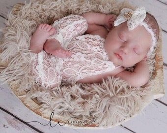 Newborn lace romper AND/OR lace bow tieback for photos, baby romper, bebe foto by Lil Miss Sweet Pea