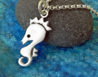 Sea horse sterling silver necklace