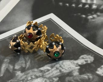 Regal 22K Gold Plated Vintage Starburst Cabochon Ring with Crystal and Pearls Adjustable Red Green or White