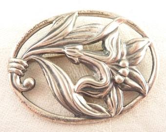 SALE ---- Vintage Danecraft Sterling Openwork Oval Lily Flower Brooch