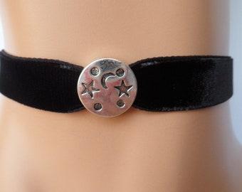 moon velvet choker, star choker, black velvet choker, moon star necklace