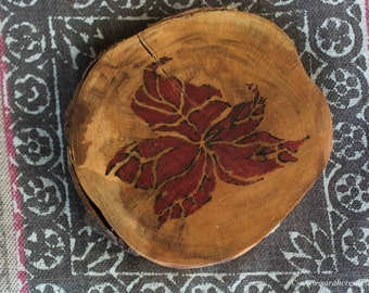 Pyrography wood slices: floral designs