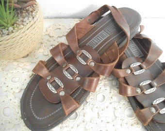 Vintage soft Brown leather Summer Sandals ~ sling backs With silver buckles Size 6