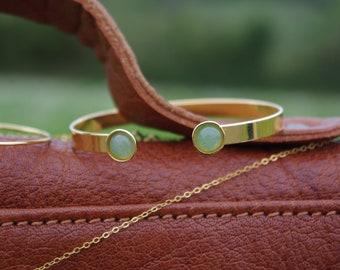 Aventurine stones, fine gold Bangle Bracelet