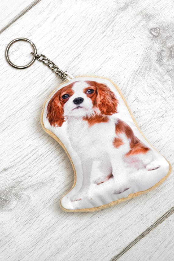 Adorable King Charles Cavalier Shaped Keyring[AdorableCushions/Etsy]