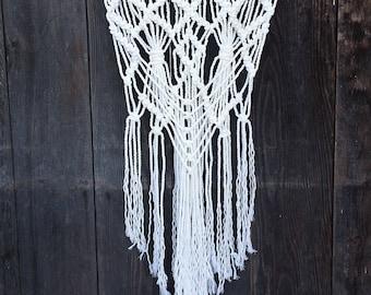Radiant Handmade White Rope Macrame Wall Hanging