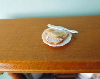 Buttered Toast on a Plate in Dollhouse 12th Scale