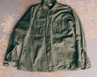 Vintage 1973 US ARMY OG107 Fatigue Shirt