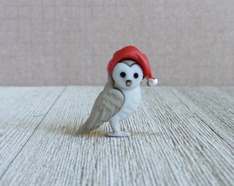 Owl - Winter - Forest Animal - Beautiful - Wisdom - Smart - Hat - Knowledge - Lapel Pin