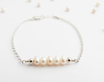Delicate Pearl Jewelry, Delicate Bracelet, Pearl Bracelet, Bridesmaid Bracelet, Wedding Jewelry, Freshwater Pearl, Mom Gift, Gift Under 50