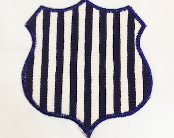 Police Badge Machine Applique Design in 3 Sizes: the perfect design for your little cop!