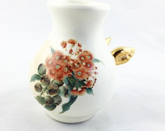 Personalized Vase -  Personalized Gift - Ceramic Vase - Ceramics and Pottery - Vase with Gold Wings - flower decor