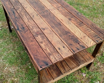 Reclaimed Pallet Wood UPCYCLED Coffee Table- Vintage, Rustic Look- *FREE SHIPPING*