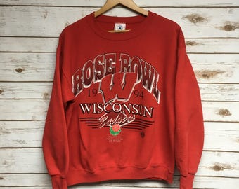 Vintage 90's University of Wisconsin Badgers football crewneck sweatshirt UW Madison Bucky Badger crew neck sweatshirt Badgers - Small dN3MEZ