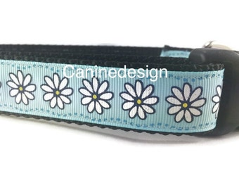 Dog Collar, Daisies, 1 inch wide, adjustable, quick release, metal buckle, chain, martingale, hybrid, nylon