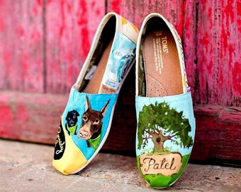 Bride's Love Story Shoes Personalized Wedding gift Shoe Art Painting on Shoes Wedding Art Engaged Dogs Bride Honeymoon Shoes Reception Shoes