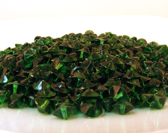 Plastic Bicone Beads Forest Emerald Green Destash Bead Lot .7 oz