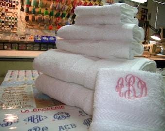 Monogrammed 6 pieces white towels set - 100% cotton -Grandeur Hospitality