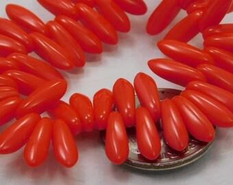 Czech Glass Dagger Beads 10x3mm Tomato Red (12pk) SRB-10x3D-TRed