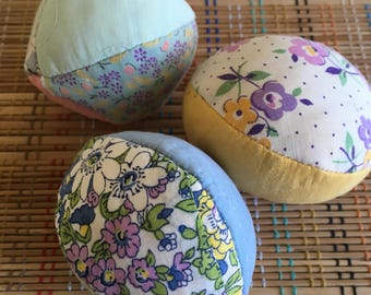 Trio of Vintage Quilted Easter Egg Blocks, R