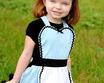Kids apron  Alice in Wonderland kids apron childrens full apron birthday kids gift