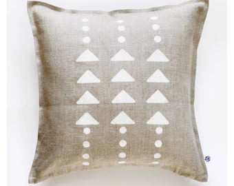 Linen throw pillow hand painted with modern tribal print, boho style decorative cushion, teenager room decor 0110