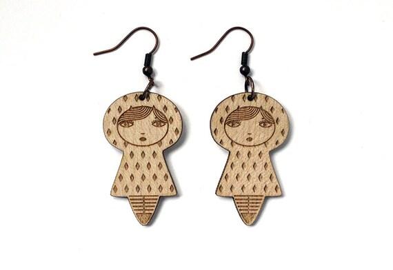 Doll earrings - diamond pattern - graphic matriochka jewelry - cute kokeshi jewellery - lasercut maple wood - kawaii