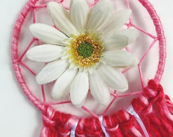 Hot pink valentine daisy dreamcatcher