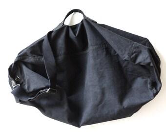 Large. Vintage bag military. Military rucksack 1970's. French military bag. French bag army. Military canvas bag. Military bundle, baluchon.