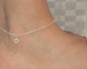 Sterling silver heart anklet, Heart anklet, Sterling silver heart ankle bracelet, Minimalist jewelry, Minimalist anklet, Ankle bracelet UK
