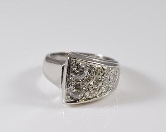 14K White Gold A-Symmetrical Diamond Ring Band Size 6 1/2