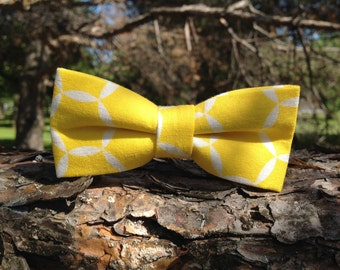 white and yellow bow tie for children