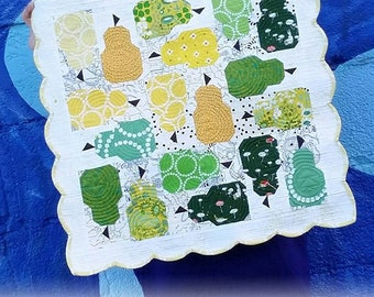 Fierce Pearfection Quilt Pattern - Pear Table Quilt Pattern - Quilted Table Topper Pattern - Pear Mini Quilt - Eye Candy Quilts ECQ F115
