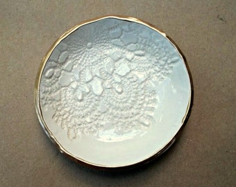 Ceramic OFF WHITE Lace Ring Bowl edged in gold