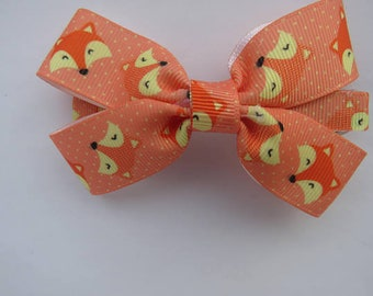 4 inch fox bow - bows with lined clip - bow with french barrette clip - hair accessories - hair bows - foxes - animals - bows - fox hair bow
