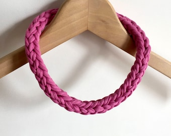 Pink crochet necklace - Gift for her - Pink T-shirt yarn necklace - pink necklace  - pink jewellery - pink jewelry