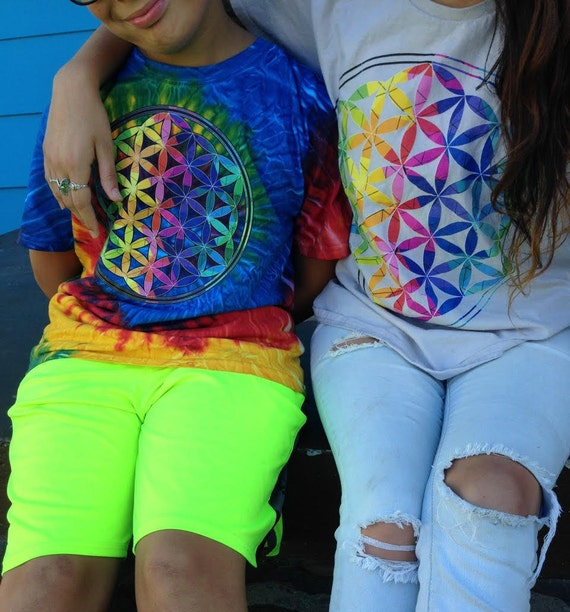 Colorful Flower of Life Rainbow Graphic Tshirt Boho/Hippie Style Tee Sacred Geometry Symbol Rainbow Flower of Life Tee Gifts