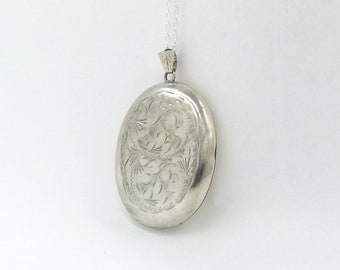 Large Silver Locket Necklace | Vintage Oval Engraved Photo Locket Pendant On A Chain Hallmarked 1970