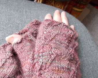 baby alpaca gloves, lacy baby alpaca gloves, Cashmere gloves, Baby alpaca/cashmere fingerless gloves