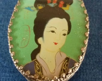 Beautiful Vintage Japanese Embossed Ceramic Pill Box or Trinket Box