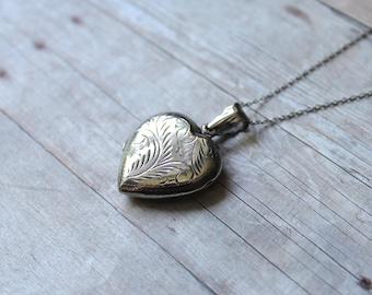 Vintage Sterling Silver Locket, Sterling Silver Chain, Vintage Heart Locket, Silver Heart Necklace, Silver Heart Locket, Vintage Locket