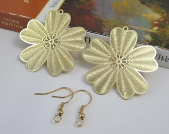 2 Pcs - Gold Plated Over Copper Laser Cut 5-Leaf Clover,Flower,Lucky Clover,Earring Findings,Pendant,Jewelry Findings,Links (36MM) SL2025