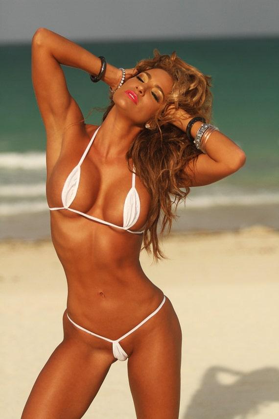 Bikini extreme thong