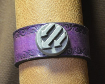 Iron Front/Antifa Arrows Bracelet with Scroll Border