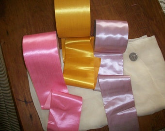1 yd. Stunning 1800s silk antique ribbon