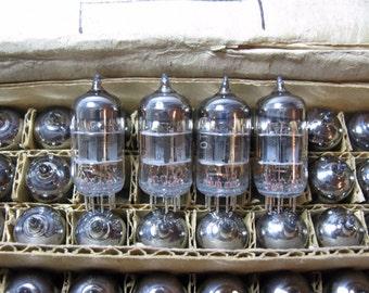 4x 6N1P-EV / E88CC / 6DJ8 Soviet Voskhod rocket logo Same Date double triode NOS